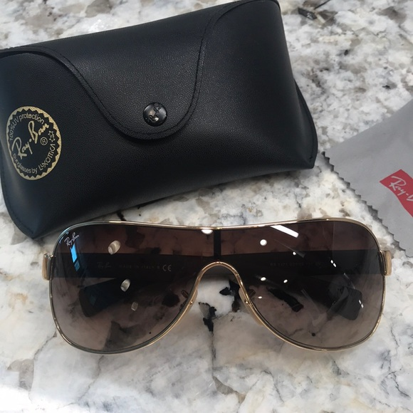 baaa0532ac Ray Ban Shield sunglasses. M 5c474578aaa5b8a92731db8b